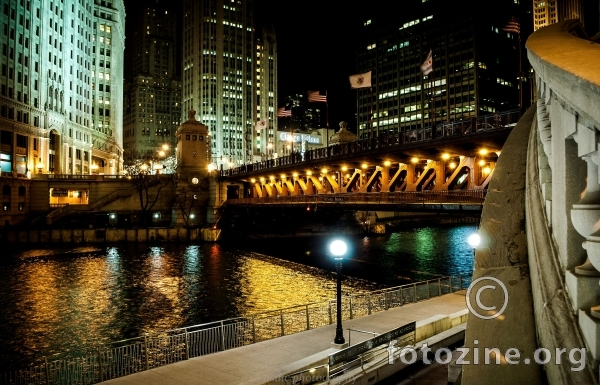 Chicago downtown bridge